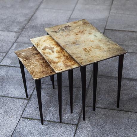 Schlichtes DesignAldo_Tura_nesting_tables_set