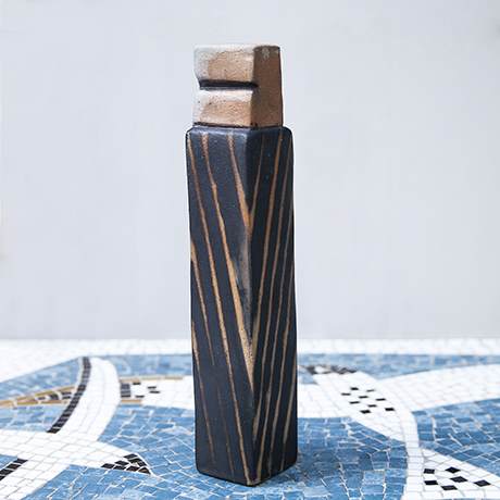 Asshoff_ceramic_stone_object_striped