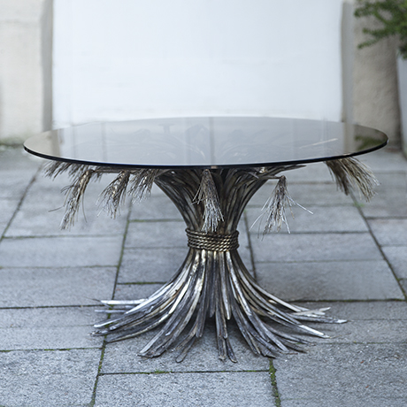 Chanel_coffee_table_silver_france