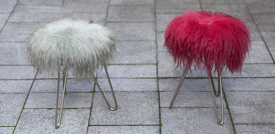 Lambskin_Vanity_stools_red_champagne