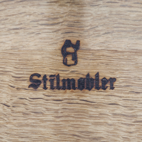 Stilmobler_oak_stool_marked_design