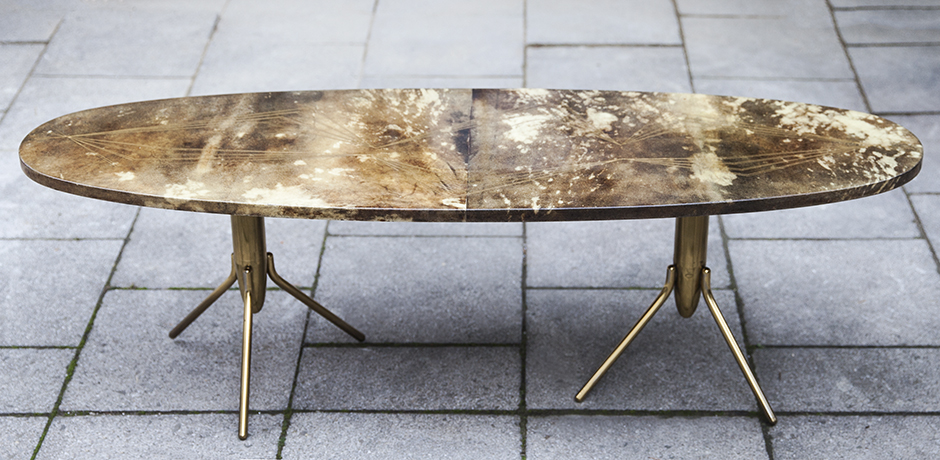 Aldo_Tura_side_table_oval_1