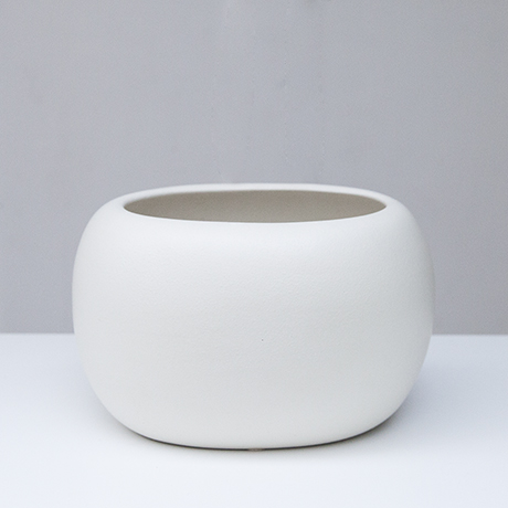 Gucci_ceramic_vase_white_1