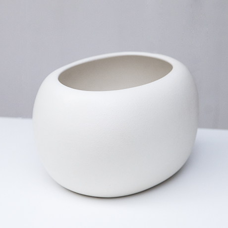 Gucci_ceramic_vase_white_7