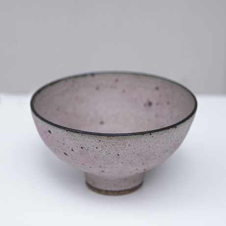 Lucie_Rie_bowl_rose_2