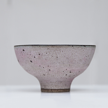 Lucie_Rie_bowl_rose_3