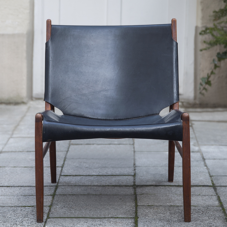 Schlichtes Designxaver_lutz_chimney_chair_leather_black_1