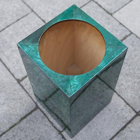 Aldo_Tura_umbrella_stand_green_5