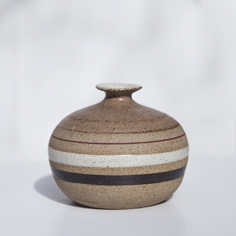 Bruno_Gambone_ceramic_vase_brown_1