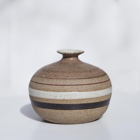 Schlichtes DesignBruno_Gambone_ceramic_vase_brown_1