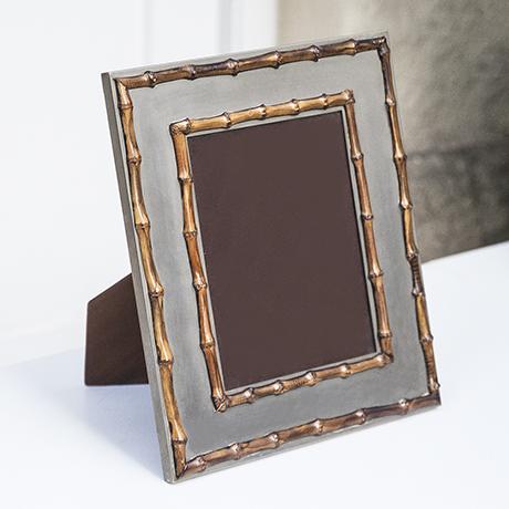 Schlichtes DesignTommaso_Barbi_picture_frame_1