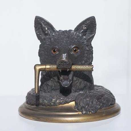 Schlichtes Designfox_desk_object_bronze_1