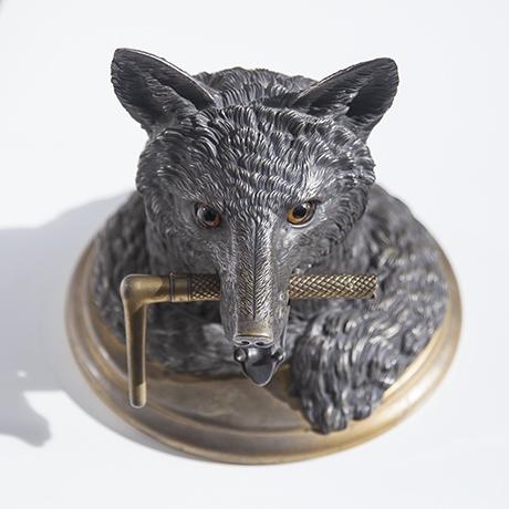 fox_desk_object_bronze_10