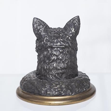 fox_desk_object_bronze_5