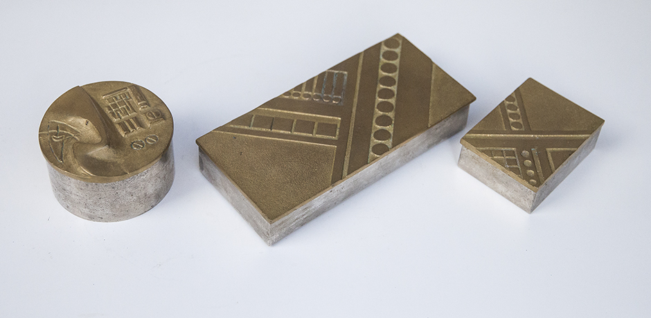 golden_bronze_box_2