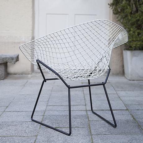 Bertoia_diamand_chair_Knoll_International_3