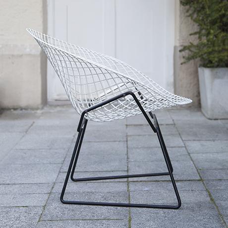 Bertoia_diamand_chair_Knoll_International_4