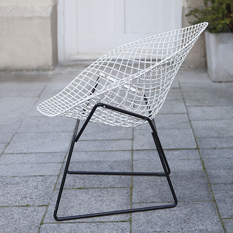Bertoia_diamand_chair_Knoll_International_5