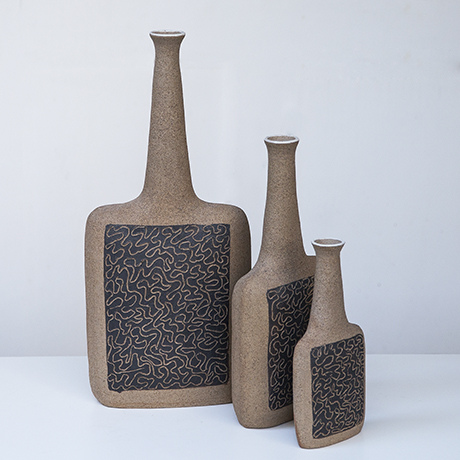 Bruno_Gambone_vase_raw_pattern
