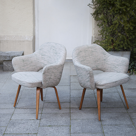 Eero_Saarinen_armchair_Knoll_International