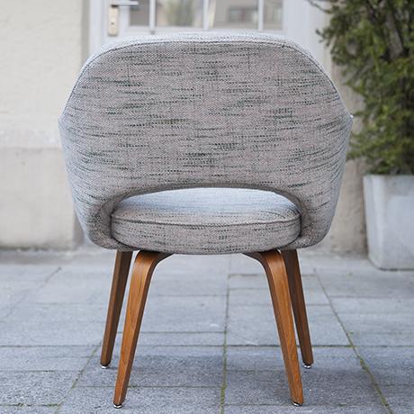 Eero_Saarinen_armchair_Knoll_International_7