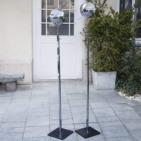 Forcolini_floor_lamp_fire_ball
