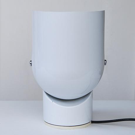 Gae_Aulenti_table_lamp_Artemide_white_7