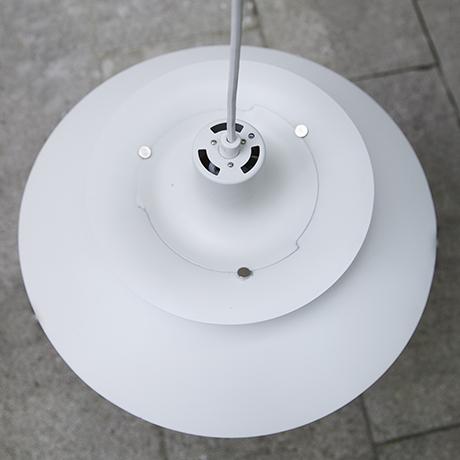 Henningsen-Poulsen-pendant-lamp-white_3