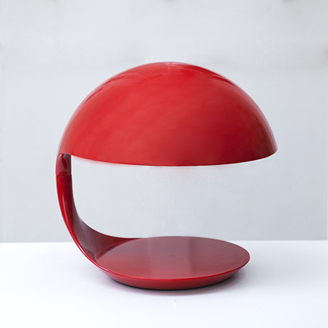 Martinelli-Cobra-table-lamp-red_1