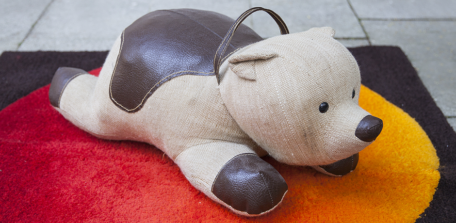 Renate-Müller-bear-therapeutic-toy_1