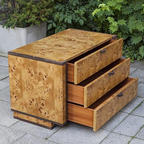 french-burlwood-dresser-kommode