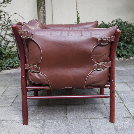 Arne-Norell-leather-sofa_4