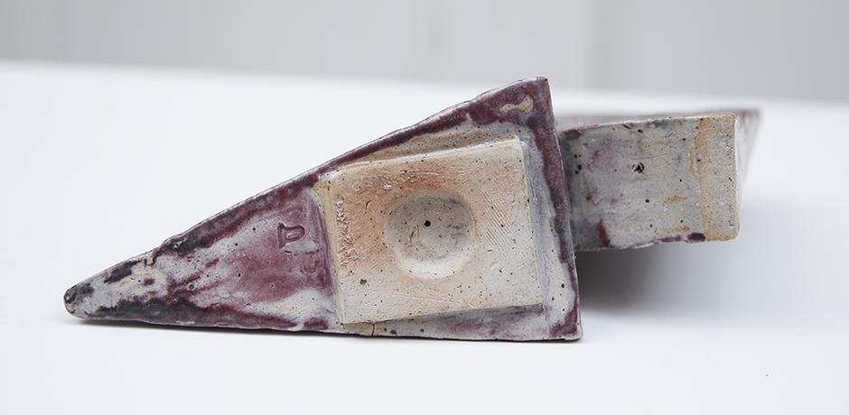 Asshoff-stoneware-object-pyramid