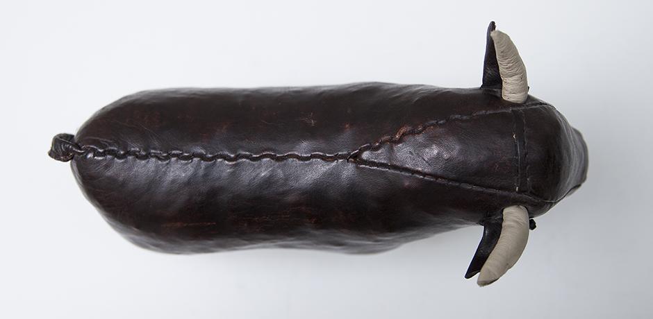 Dimitri-Omersa-bull-leather_4