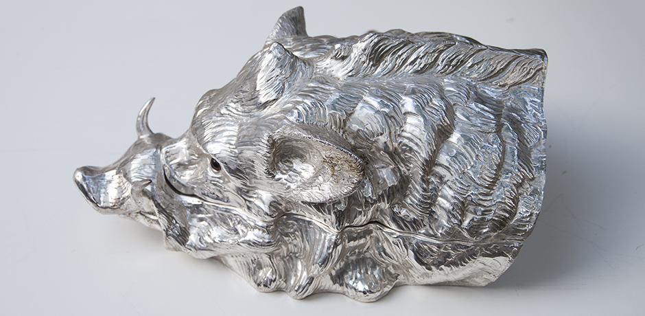Franco-Lapini-boar-centerpiece-wildschwein