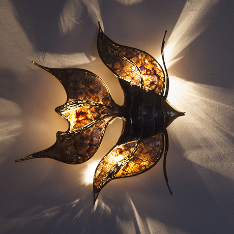 Henri-Fernandez-fish-wall-lamp_light