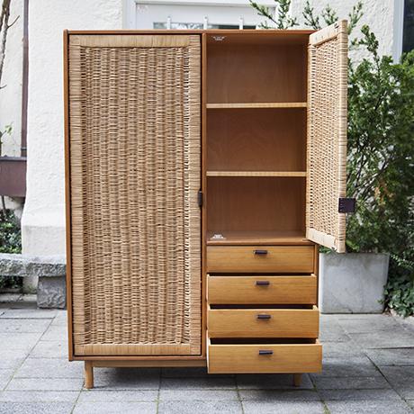 Muggenthaler-wardrobe-schrank-garderobe