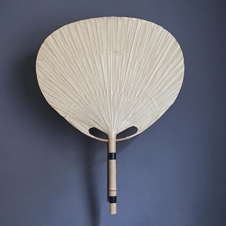 Ingo-Maurer-Uchiwa-wall-lamp_bamboo