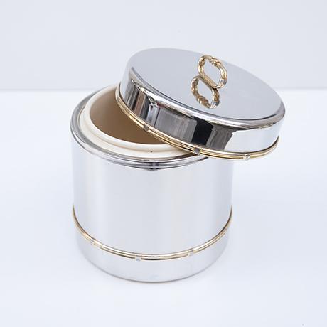Gucci-eiswuerfelbehaelter-flaschenkuehler-silber