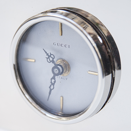 Gucci-table-clock-silver-desk-accessory