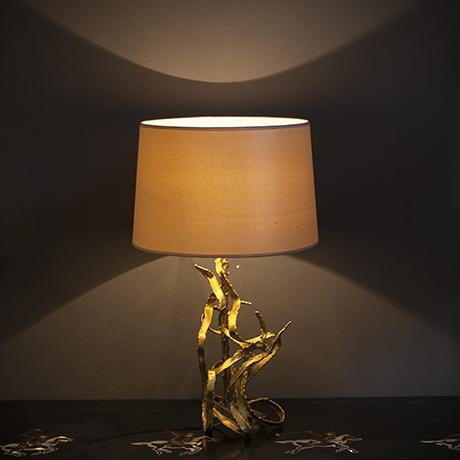 Moerenhout-table-lamp-interior-design