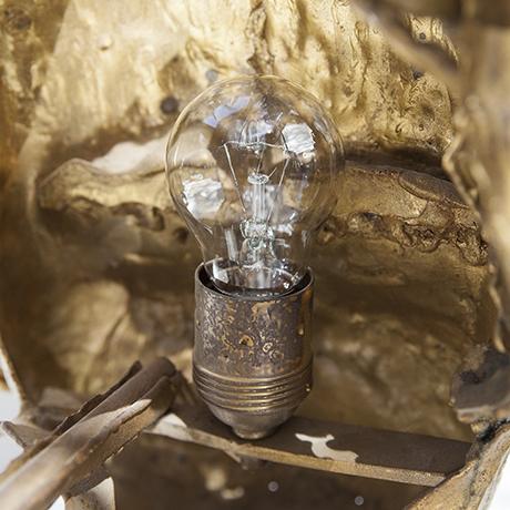 Moerenhout-wandlampe-gold-bronze
