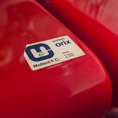 Parigi-Prina-Molteni-orix-desk-red-marked