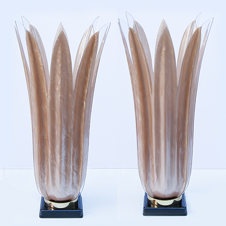 Rougier-table-lamps-floriform-acrylic
