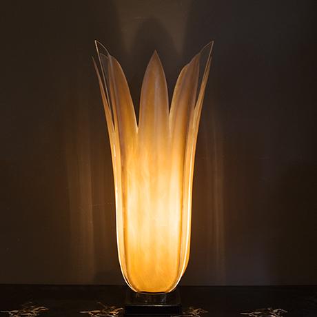 Rougier-table-lamps-floriform-interior