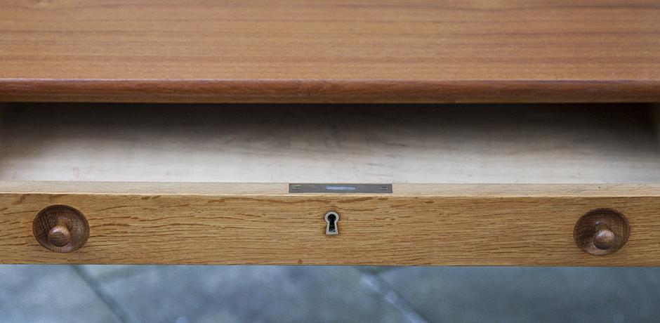 Wegner-mobler-desk-wooden-table