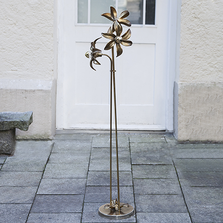 willy-daro-floor-lamp-flowers-golden