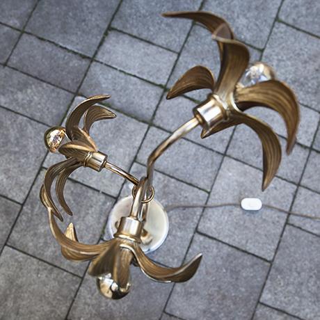 blumen-stehlampe-gold