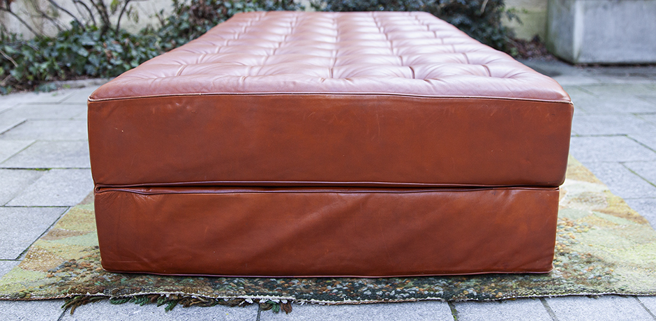 Kill-International-daybed-leather-brown