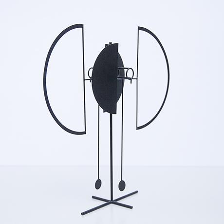 Arnulf-Hoffmann-kinetic-pendulum-object-round